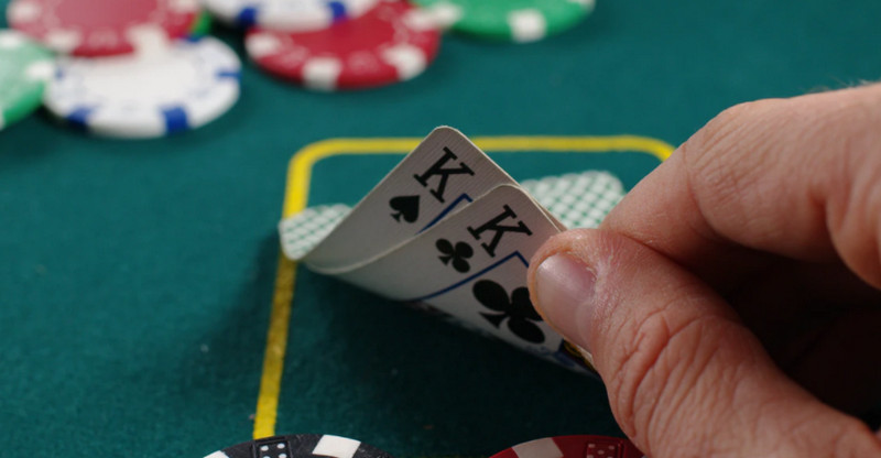 Everything You Should Know Before Playing Poker Online